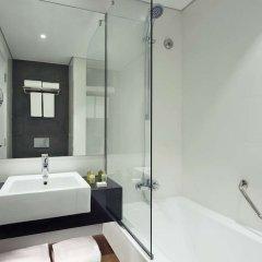 Отель TRYP by Wyndham Dubai ОАЭ, Дубай - 5 отзывов об отеле, цены и фото номеров - забронировать отель TRYP by Wyndham Dubai онлайн ванная фото 3