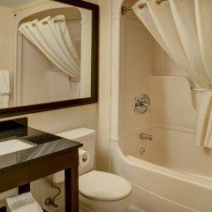 Отель Comfort Inn Ottawa West Kanata Канада, Оттава - отзывы, цены и фото номеров - забронировать отель Comfort Inn Ottawa West Kanata онлайн ванная