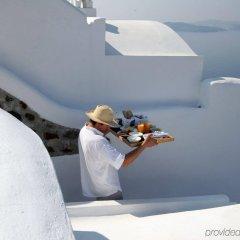 Отель Ikies Traditional Houses Греция, Остров Санторини - 1 отзыв об отеле, цены и фото номеров - забронировать отель Ikies Traditional Houses онлайн спортивное сооружение