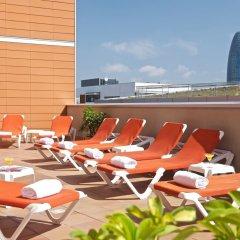 Отель Capri by Fraser, Barcelona / Spain бассейн