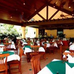 Отель Karon Sea Sands Resort & Spa Таиланд, Пхукет - 3 отзыва об отеле, цены и фото номеров - забронировать отель Karon Sea Sands Resort & Spa онлайн питание фото 2