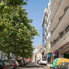 Hans Brinker Hostel Lisbon Лиссабон парковка
