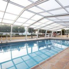 Отель Prestige Coral Platja Испания, Курорт Росес - отзывы, цены и фото номеров - забронировать отель Prestige Coral Platja онлайн бассейн
