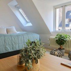 Отель Two-Story LUX Apartment in Heart of Cph Дания, Копенгаген - отзывы, цены и фото номеров - забронировать отель Two-Story LUX Apartment in Heart of Cph онлайн комната для гостей фото 4