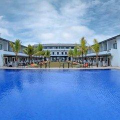 Отель Coco Royal Beach Resort - Waskaduwa бассейн