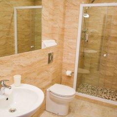 Гостиница Вояж в Санкт-Петербурге - забронировать гостиницу Вояж, цены и фото номеров Санкт-Петербург ванная