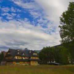 Отель Zakątek Pod Smrekami Косцелиско приотельная территория фото 2