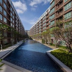 Отель Phuket Dcondo Creek Resort бассейн
