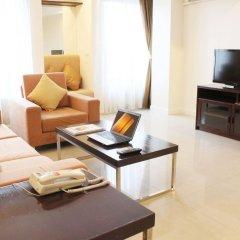 Апартаменты Romance Serviced Apartment Бангкок комната для гостей фото 4