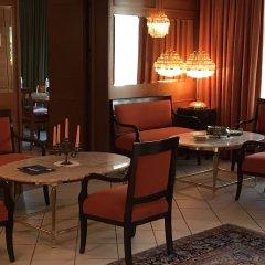 Отель Vier Jahreszeiten Salzburg Австрия, Зальцбург - отзывы, цены и фото номеров - забронировать отель Vier Jahreszeiten Salzburg онлайн интерьер отеля