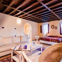 Avalon Boutique Suites Hotel комната для гостей