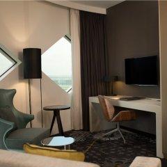 Отель Hilton Amsterdam Airport Schiphol Нидерланды, Схипхол - 1 отзыв об отеле, цены и фото номеров - забронировать отель Hilton Amsterdam Airport Schiphol онлайн балкон