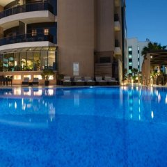 Отель Majestic City Retreat Hotel ОАЭ, Дубай - 5 отзывов об отеле, цены и фото номеров - забронировать отель Majestic City Retreat Hotel онлайн бассейн фото 3