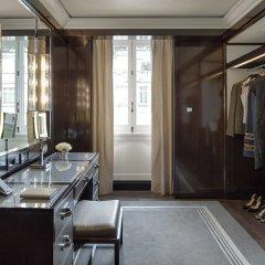 Отель The Peninsula Paris Франция, Париж - 1 отзыв об отеле, цены и фото номеров - забронировать отель The Peninsula Paris онлайн удобства в номере фото 2