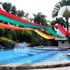Отель The Ritz Hotel at Garden Oases Филиппины, Давао - отзывы, цены и фото номеров - забронировать отель The Ritz Hotel at Garden Oases онлайн бассейн фото 2