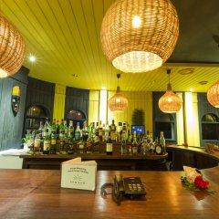 Отель Bom Bom Principe Island гостиничный бар