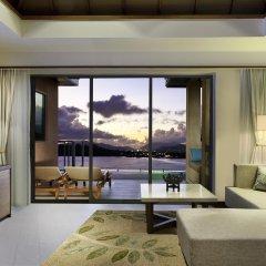 Отель The Westin Siray Bay Resort & Spa, Phuket Таиланд, Пхукет - отзывы, цены и фото номеров - забронировать отель The Westin Siray Bay Resort & Spa, Phuket онлайн комната для гостей фото 4