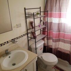Отель Richards Vacation Rental ванная фото 2
