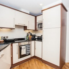 Апартаменты Modern 2 Bedroom Apartment в номере фото 2