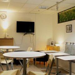 Отель City Lodge Stockholm Швеция, Стокгольм - 1 отзыв об отеле, цены и фото номеров - забронировать отель City Lodge Stockholm онлайн питание