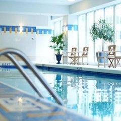 Отель Vancouver Marriott Pinnacle Downtown Hotel Канада, Ванкувер - отзывы, цены и фото номеров - забронировать отель Vancouver Marriott Pinnacle Downtown Hotel онлайн бассейн фото 3