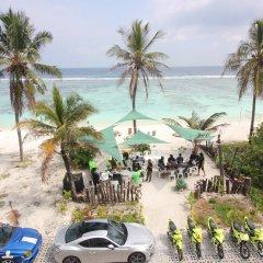 Отель The Aquzz Мальдивы, Мале - отзывы, цены и фото номеров - забронировать отель The Aquzz онлайн пляж фото 2