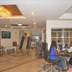 Отель Jorany Hotel Нигерия, Калабар - отзывы, цены и фото номеров - забронировать отель Jorany Hotel онлайн питание фото 2