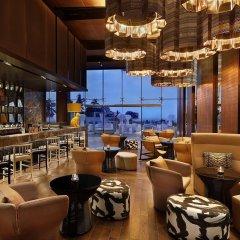 Отель W Muscat Оман, Маскат - отзывы, цены и фото номеров - забронировать отель W Muscat онлайн гостиничный бар