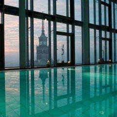 Отель InterContinental Warszawa Польша, Варшава - 3 отзыва об отеле, цены и фото номеров - забронировать отель InterContinental Warszawa онлайн бассейн фото 2