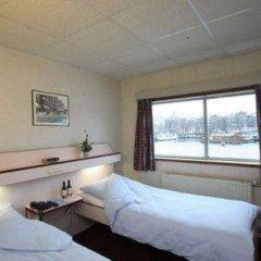 Отель Botel 3* Стандартный номер с различными типами кроватей фото 5