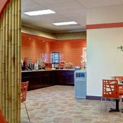Отель Best Western Plus Dragon Gate Inn США, Лос-Анджелес - отзывы, цены и фото номеров - забронировать отель Best Western Plus Dragon Gate Inn онлайн спа
