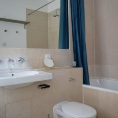 Отель 2 Bedroom Loft Near Edgware Road Великобритания, Лондон - отзывы, цены и фото номеров - забронировать отель 2 Bedroom Loft Near Edgware Road онлайн ванная фото 2