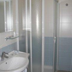 Toccacielo Hotel Village Нова-Сири ванная фото 2