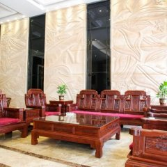 New Royal Hotel интерьер отеля