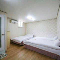 Отель Guest House Myeongdong комната для гостей фото 4