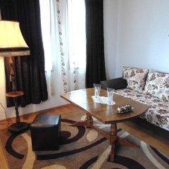 Отель Dvata Brjasta Family Hotel Болгария, Асеновград - отзывы, цены и фото номеров - забронировать отель Dvata Brjasta Family Hotel онлайн комната для гостей фото 2