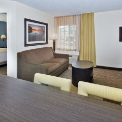 Отель Candlewood Suites Columbus Airport США, Гаханна - отзывы, цены и фото номеров - забронировать отель Candlewood Suites Columbus Airport онлайн комната для гостей фото 2