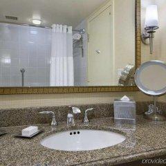 Отель Hilton Minneapolis- St. Paul Airport Блумингтон ванная фото 2