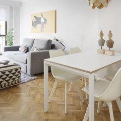 Апартаменты Zurriola Jazz Apartment by FeelFree Rentals комната для гостей фото 5
