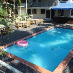Отель Bluewater Lodge - Hostel Фиджи, Вити-Леву - отзывы, цены и фото номеров - забронировать отель Bluewater Lodge - Hostel онлайн бассейн