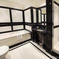 Courthouse Hotel ванная
