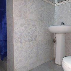 Отель Akma Signature Hotel & Suites Нигерия, Ибадан - отзывы, цены и фото номеров - забронировать отель Akma Signature Hotel & Suites онлайн ванная фото 2