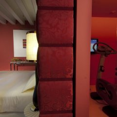 Отель Sina Centurion Palace Венеция сейф в номере