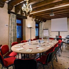 Отель Giorgione Италия, Венеция - 8 отзывов об отеле, цены и фото номеров - забронировать отель Giorgione онлайн помещение для мероприятий фото 2