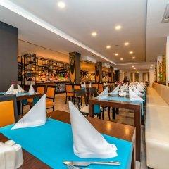 Maritim Hotel Saray Regency гостиничный бар