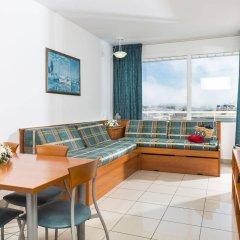 Отель Aparthotel Costa Encantada Испания, Льорет-де-Мар - 3 отзыва об отеле, цены и фото номеров - забронировать отель Aparthotel Costa Encantada онлайн комната для гостей фото 4