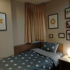 Отель Thai Happy House Бангкок комната для гостей фото 3