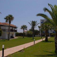 Отель Maistros Hotel Apartments Кипр, Протарас - отзывы, цены и фото номеров - забронировать отель Maistros Hotel Apartments онлайн спортивное сооружение