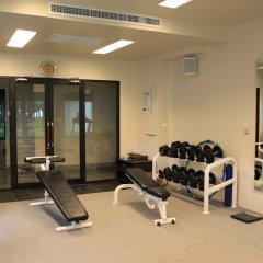 Отель APSARA Beachfront Resort and Villa фитнесс-зал фото 3