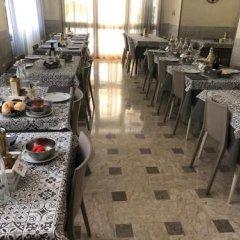 Отель Grappoli Италия, Римини - отзывы, цены и фото номеров - забронировать отель Grappoli онлайн питание фото 2